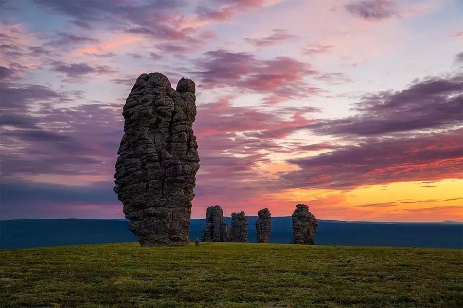 Столбы выветривания на плато Мань Пупу Нер, Северный Урал