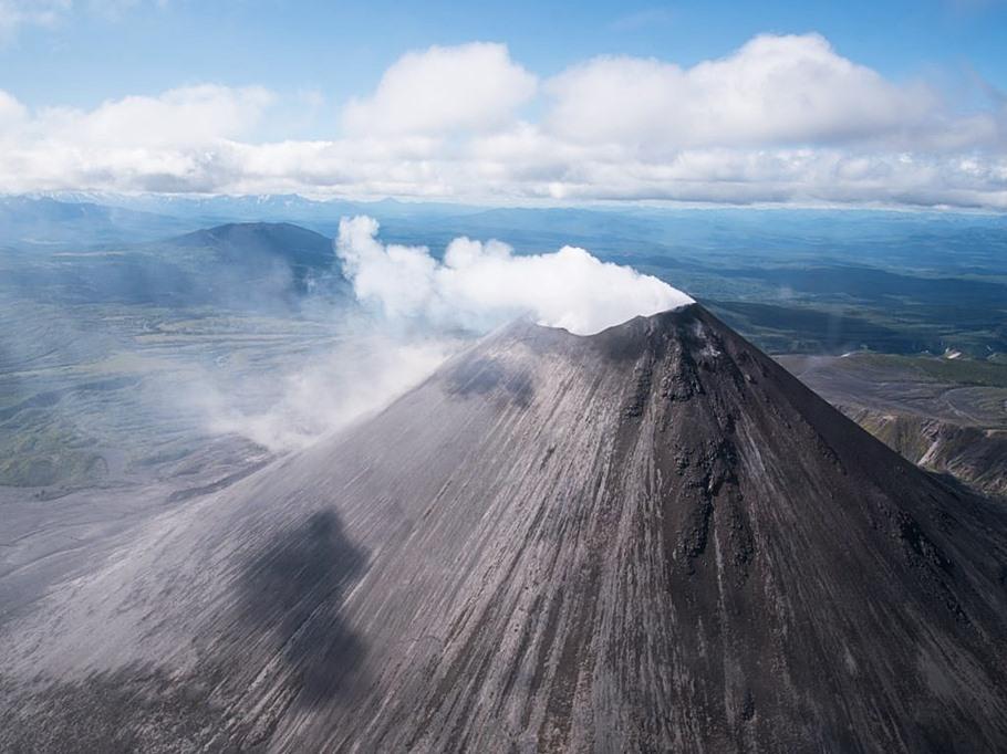 Вулканы полуострова Камчатка