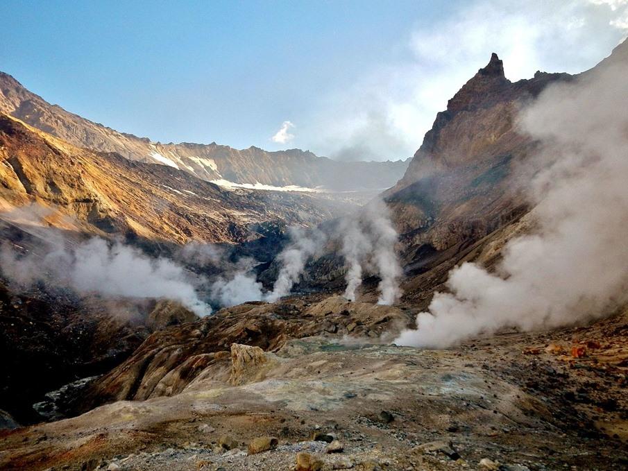 Вулкан Мутновский на Камчатке